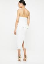Missguided - Cup detail lace peplum midi dress - white