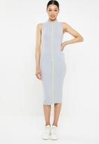 Missguided - Ribbed contrast piping midaxi dress - grey