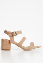 Madison® - Daphne ankle strap heel - pink