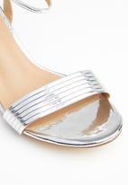 Madison® - Eliana ankle strap heel - silver