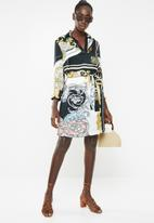 Sissy Boy - Girl boss printed shirt dress with placket - multi
