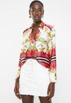 Sissy Boy - Girl boss: printed shirt with placket - multi
