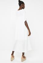 AMANDA LAIRD CHERRY - Siphosethu dress - cream