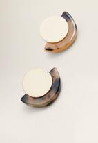 MANGO - Tortoiseshell earrings - brown