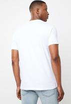 Quiksilver - Custom prints short sleeve tee - white