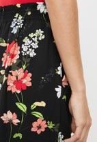 ONLY - Floral cropped pants - multi