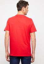 Levi's® - Housemark graphic tee - red