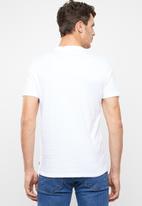 Levi's® - Housemark graphic tee - white