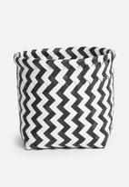 Sixth Floor - Plastic basket small - black & white