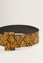 MANGO - Snake-effect wide belt - yellow