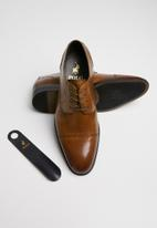POLO - Derek lace-up formal shoe - brown