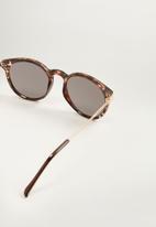 MANGO - Tortoiseshell sunglasses - brown