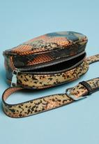 Superbalist - Boxed round belt bag - multi