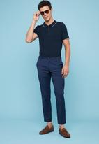 Superbalist - Pique slim fit zip golfer - navy
