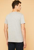 Superbalist - Plain crew neck short sleeve tee - grey