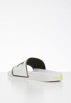Diesel  - Valla slide - white