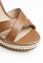 ALDO - Eowalenna leather heel - brown