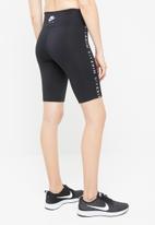 Nike - Nike Air women bike shorts - black
