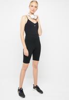 Nike - Nike essential tank bodysuit - black