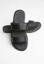 Superbalist - Killian slide - black
