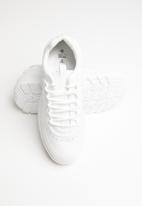 Call It Spring - Faux leather flatform sneaker - white