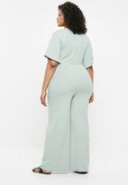 Missguided - Curve V-neck wide leg rib jumpsuit - green