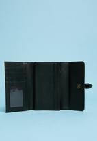 Superbalist - Faux snake leather purse - beige