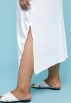 Superbalist - Longer length tee dress - white
