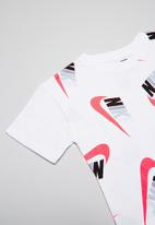 Nike - Nike girls sportswear futura graphic crop - white