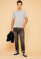 Superbalist - Plain V-neck short sleeve tee - grey
