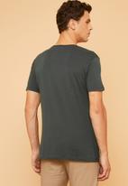 Superbalist - Plain crew neck short sleeve 2 pack tees - charcoal & khaki
