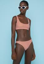 Superbalist - Crop bikini top - rust & white