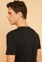 Superbalist - Crew neck short sleeve 2 pack tees - black & white