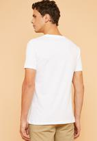Superbalist - Crew neck short sleeve 2 pack tees - white