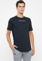 Under Armour - UA shaped graphic tee - black