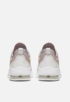 Nike - Air Max Motion 2 - pumice / metallic silver-platinum tint