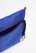 adidas Originals - Simple pouch l - blue