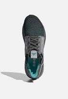 adidas Performance - UltraBOOST 19 - core black / grey