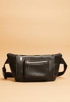 Superbalist - Arlo waistbag - black