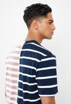 GUESS - Short sleeve go spliced stripe crew - multi