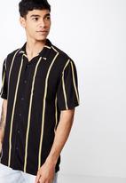 Cotton On - Festival short sleeve shirt - black & yellow