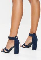 Miss Black - Ankle strap block heel - navy