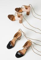 Miss Black - Adamina 2 heel - brown & pink