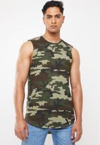 Cotton On - Longer length curve hem muscle tank top - green