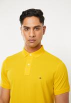 Tommy Hilfiger - Tommy Hilfiger polo - yellow