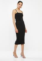 Missguided - Ribbed cami belted midi dress - black