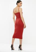 Missguided - Rib belted cami midi dress - red