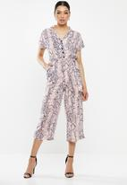 Missguided - Snake print culotte jumpsuit - purple & pink