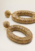 MANGO - Pendant crystals earrings - gold
