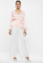Missguided - Wrap tie waist blouse - pink
